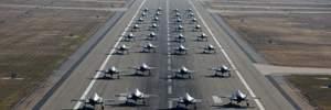 """""""Ми готові йти в бій вже сьогодні"""": з'явились вражаючі фото та відео навчань повітряних сил США"""