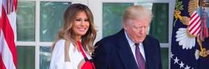 Общий выход: Мелания и дочери Дональда Трампа вместе посетили церемонию в США – фото