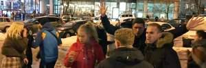 Недетская жестокость: в Киеве подростки сильно избили мужчину – видео 18+