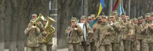 Как в Сумах встречают военных, вернувшихся из Донбасса