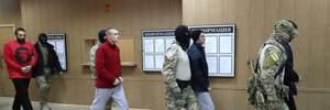 Россия продлила арест группе украинских моряков