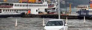 Стамбул превратился в реку из-за жуткого ливня: шокирующие фото, видео