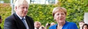 Меркель и Джонсон выступили против возвращения России в G8
