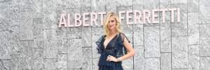 Кьяра Ферраньи обнажила грудь на Неделе моды в Милане: пикантное фото