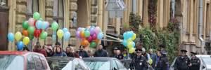 В Санкт-Петербурге прошла акция в поддержку Украины: троих человек арестовали – видео