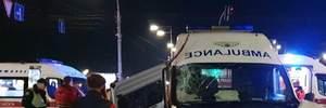 """Ужасное ДТП со """"скорой"""" в Киеве: один человек погиб, 6 пострадавших – фото, видео"""