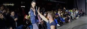 Люди на инвалидных колясках покорили подиум в Харькове: яркие фото и видео