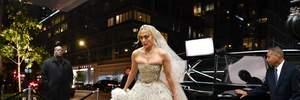 50-річна Дженніфер Лопес приміряла розкішну весільну сукню: фото