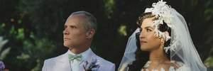 Музикант Red Hot Chili Peppers зіграв весілля з жінкою, яка молодша за нього на 18 років: фото