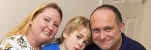Мальчику с нарушениями вживили в голову чип и его состояние улучшилось