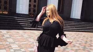 Опальна помічниця нардепа продемонструвала непристойності у Раді