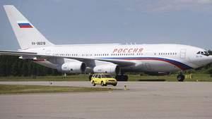 Золотой туалет и остальные драгоценности: СМИ показали всю роскошь одного из самолетов Путина