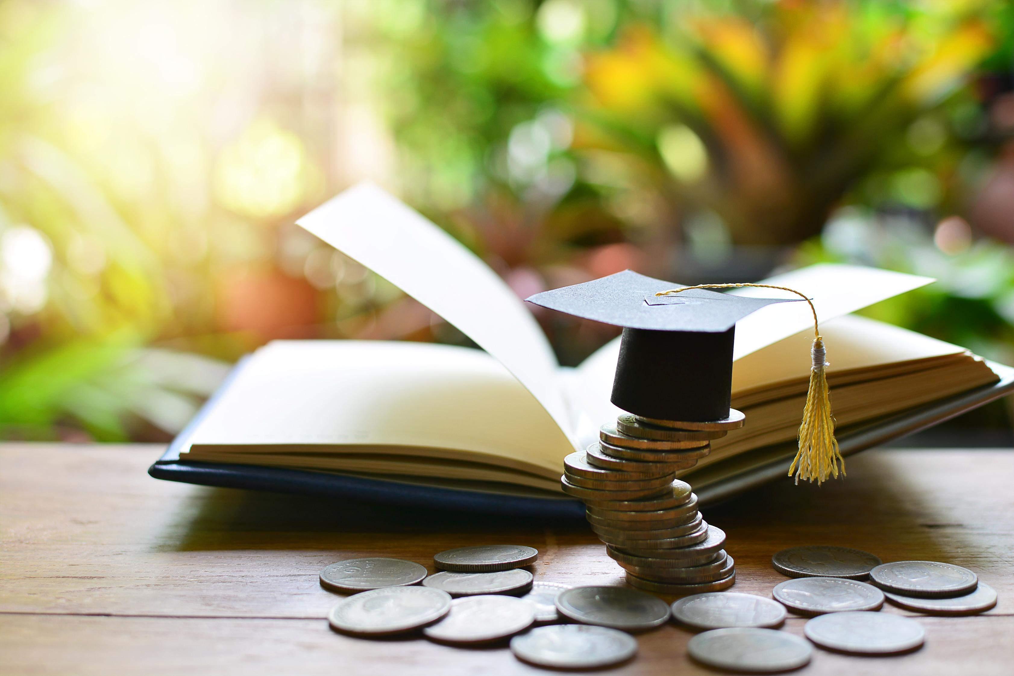 Завдяки податковій знижці можна повернути 18% вартості навчання