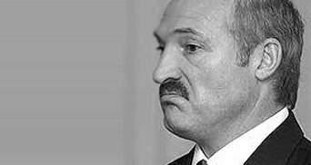Лукашенко отказался от поездки с Медведевым и Януковичем