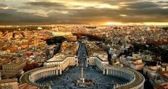 Сотні тисяч католиків прибудуть на церемонію беатифікації Івана Павла II