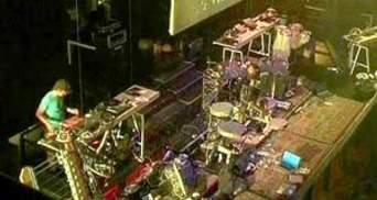Студенти CalArts створили оркестр з роботів