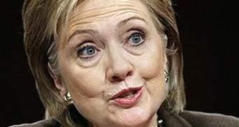 Клинтон: Правительство расследует атаки на почту Google