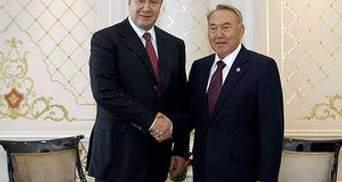 Янукович надіється на розвиток стратегічного партнерства із Казахстаном
