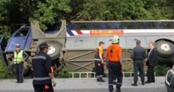 Автобус з українськими туристами потрапив у ДТП