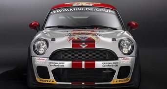 MINI показала гоночне купе Coupe
