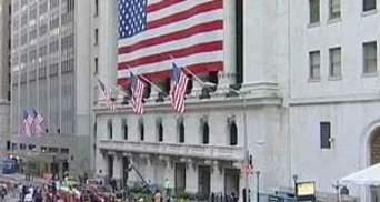 Standard & Poor's угрожает дальше снижать рейтинг США