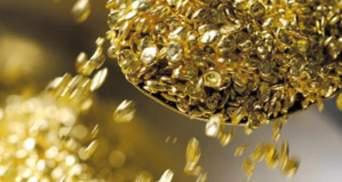 Цена унции золота приближается к 1900 дол.