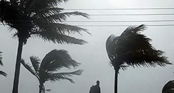"Ураган ""Айрин"" достиг побережья США"