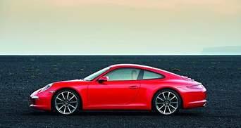 """Porsche представил первый в мире спорткар с 7-ступенчатой """"механикой"""""""