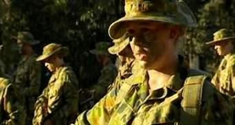 Уряд Австралії дозволив жінкам служити на бойових посадах в армії