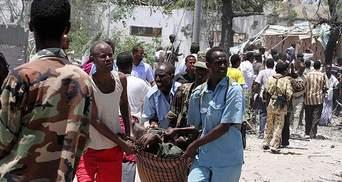 Теракт в Сомали: Смертник взорвал грузовик со взрывчаткой - десятки жертв