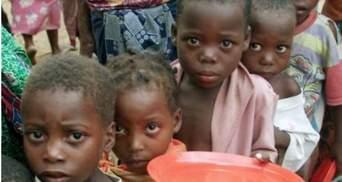 """""""Аль-Каида"""" раздала еду голодающим в Сомали"""