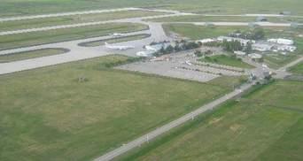 У турецькому аеропорту зіткнулись літаки з гуманітарною допомогою
