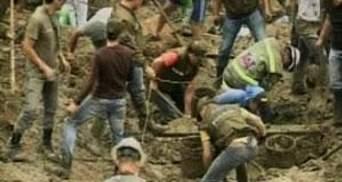 Внаслідок зсувів ґрунту у Колумбії загинули близько 30 людей