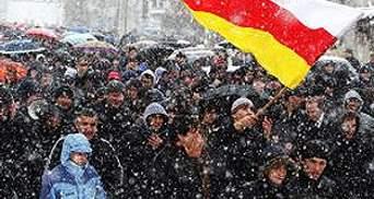 Поліція відкрила вогонь у столиці Південної Осетії