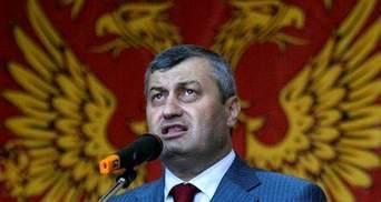 Президент Південної Осетії не збирається йти на поступки