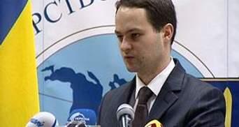 В МЗС з'ясовують, чому в українців за кордоном забирають паспорти