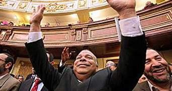 В Єгипті відкрилось перше після повалення Мубарака засідання парламенту