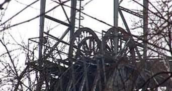 На Луганщине 4 человека находятся в горящей шахте