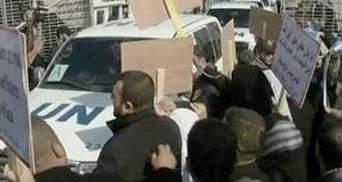 На машину генсека ООН напали палестинские демонстранты
