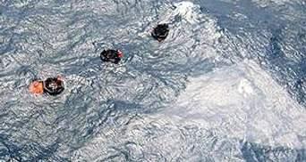 100 пассажиров затонувшего парома могут быть заблокированы под водой