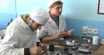 У Києві незаконно закрили коледж для сліпих та глухих дітей