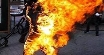 19-річна буддистка спалила себе в Китаї