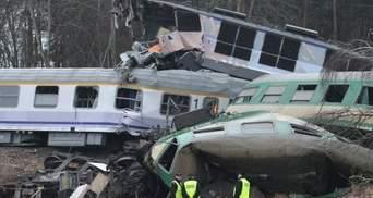 Залізнична катастрофа в Польщі: Двох українців вже виписали з лікарні