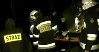 Польща: рятувальники завершують операцію на місці аварії, з вагонів дістали усі тіла