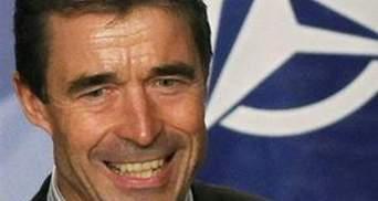 Расмуссен назвал Грузию образцовым партнером НАТО