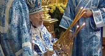 Митрополит Владимир в монастыре молился вместе с верующими