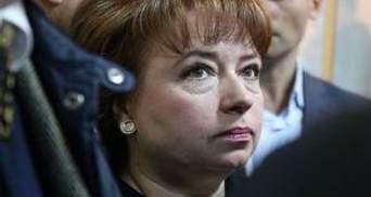 Карпачова приїхала у суд на прохання дружини Іващенка