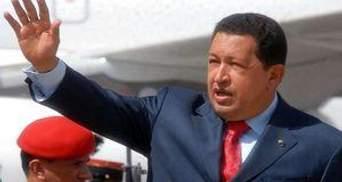 Уго Чавес появился на публике впервые после операции