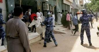 У Судані почалися масові антиурядові виступи
