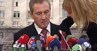 110 депутатов проголосовали за отставку Черновецкого